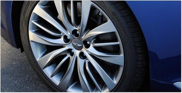 2015 Hyundai Genesis Wheel