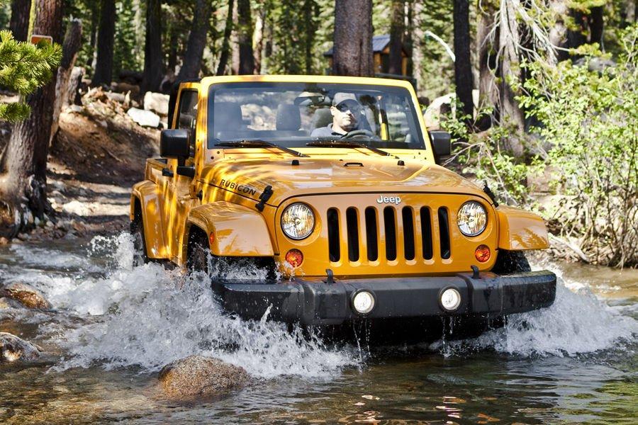 2013 jeep wrangler Front