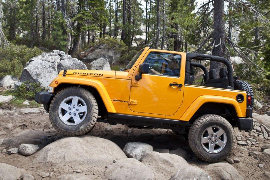2013 jeep wrangler Side