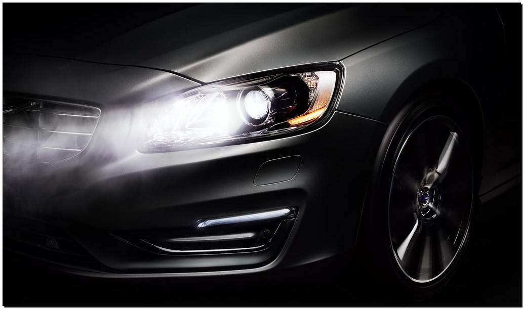 2014 Volvo s60 Head Lamp