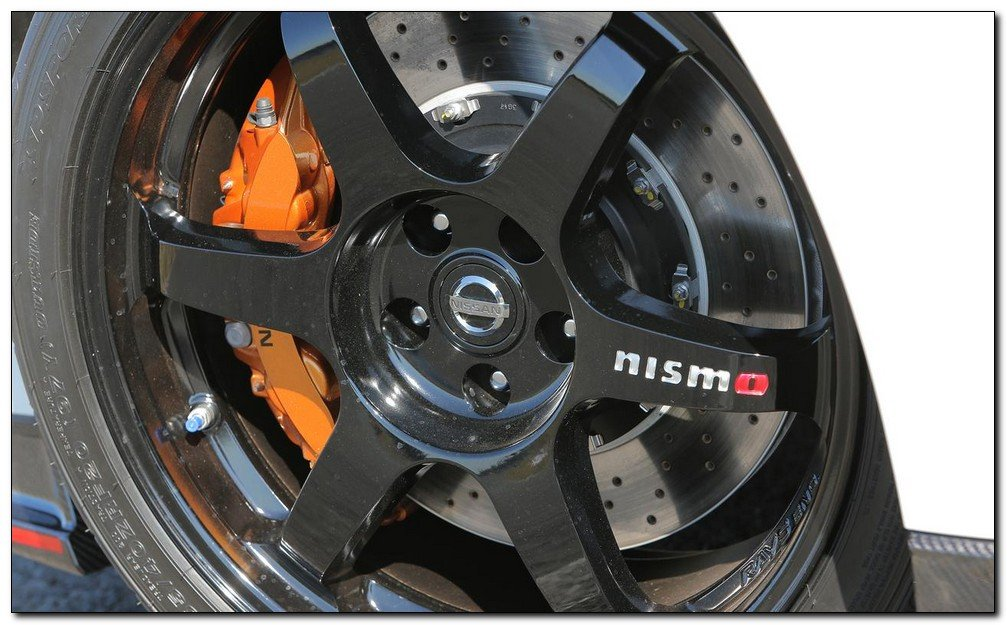 2015 Nissan Skyline GT-R R35 45th Anniversary Edition wheel