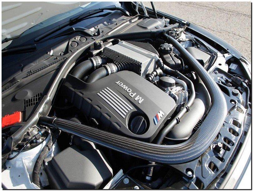 BMW M3 2015 Engine