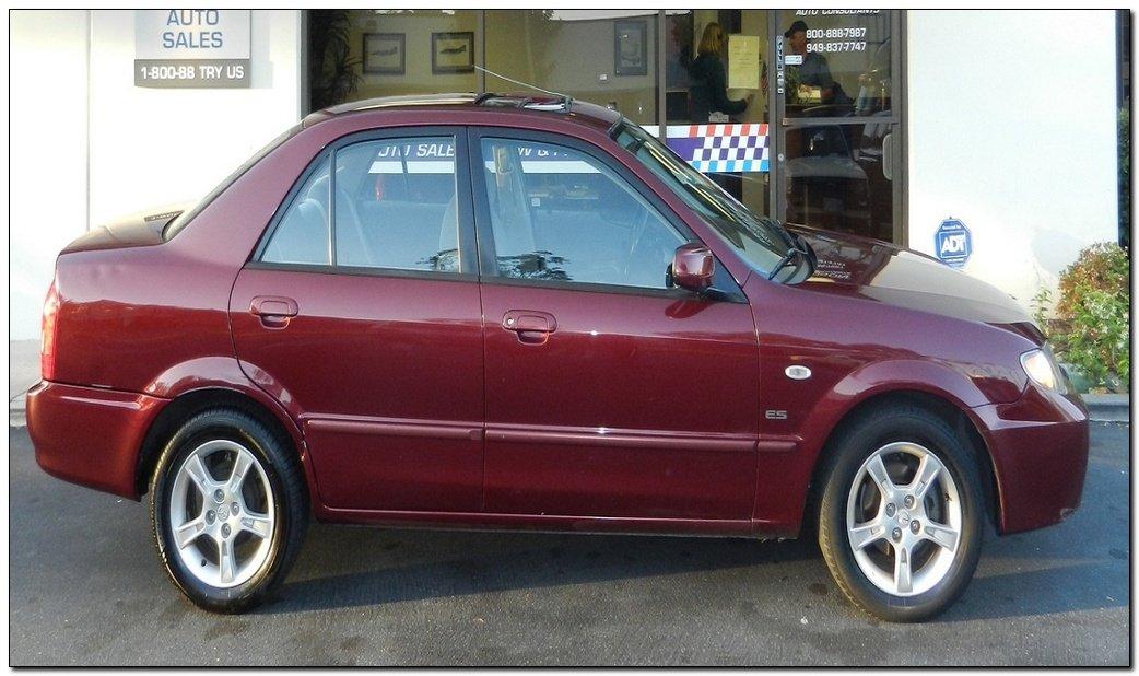 2003 mazda protege hatchback Side View