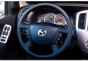 2005 mazda tribute interior