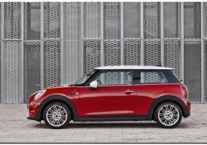 2014 Mini Cooper Side View