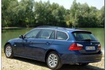 bmw 325i Back side