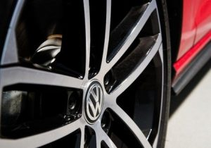 volkswagen golf gtd wheel